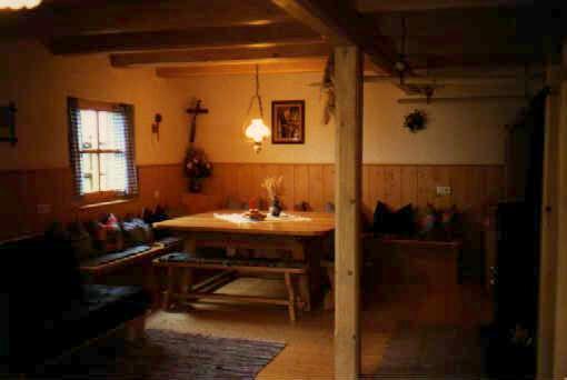 berghaus am schlossberg f r gruppen. Black Bedroom Furniture Sets. Home Design Ideas